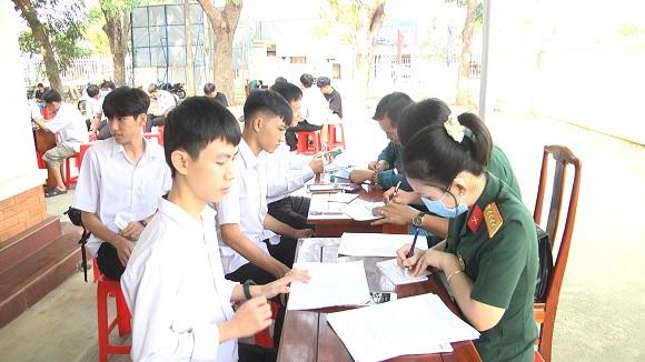 Đồng Xoài: Hoàn thành đăng ký nghĩa vụ quân sự tuổi 17 cho 655 thanh niên.