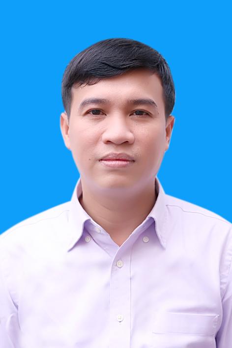 Phó giám đốc Lâm Thế Hùng